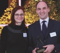 Le 3e prix, remis par Nathalie Phan Place (SNCD) revient à Claude Charpin (e-TF1).