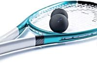 Elle aime... ...le squash. Un sport dynamique!