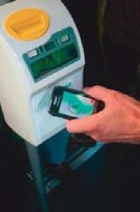 Expérience de NFC menée à Nice en 2010 sur un bouquet de services: transports boutiques...