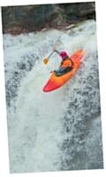 Pour s'évader, William Faivre pratique le kayak. Il aime particulièrement les rapides et les cascades.