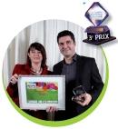 Céline Baumann (La Poste Courrier) a remis le prix à Fabrice Toledano (Numericable).