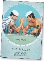 Dans sa publicité, Jean- Paul Gaultier utilise les codes homosexuels pour toucher une cible élargie.