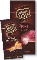 Les tablettes de chocolat noir se conjuguent à tous les goûts. Les sensations gourmandes et fruitées se renouvellent constamment.