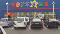 D'ici à 2010 Toys'R'Us envisage de multiplier son parc de magasin par deux.