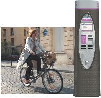 20 600 vélos et 1451 bornes avec un objectif: inciter les Parisiens à opter pour le deux- roues plutôt que la voiture...
