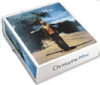 Warner Music a lancé l'Artist-Box de Christophe Maé, l incluant l'album «Mon Paradis», un bonnet, deux cartes postales, deux bracelets et un badge.