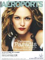 Aéroport de Paris magazine est diffusé à 300000 ex. et mis à disposition gratuitement.