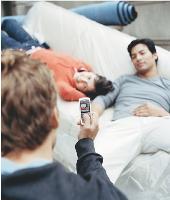L'usage du portable pour prendre des photos ou des vidéos se démocratise.