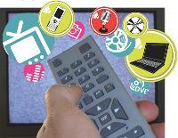 Télévision, radio, téléphone, jeux, Internet, musique, vidéos... 7 Français sur 10 pratiquent en moyenne trois activités médias par jour.