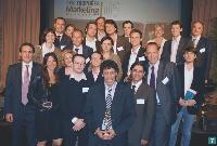 7 Photo de famille des lauréats et des partenaires.