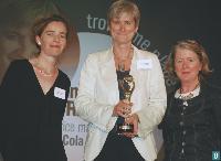 8 Christine Krieger (killarney Hotels Ltd), Véronique Bourez (directrice marketing de Coca-Cola France) et Catherine Bertin (irlande-tourismedaffaires.com).