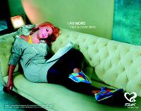Désormais, l'alliance star et marque dépasse le secteur du luxe. A l'instar de reebok, partenaire de Scarlett Johansson.