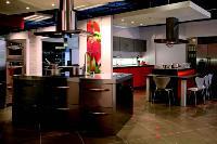 Le Darty situé rue de Rivoli (Paris Ier) fait partie des points de vente qui ont adopté l'espace cuisine.