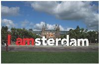 La capitale néerlandaise a choisi de mettre en place une marque globale, incarnée par un slogan «I amsterdam» qui se matérialise dans la ville pour que tous se l'approprient.