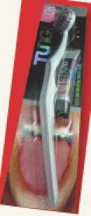 Le dentifrice et la brosse spécial langue.
