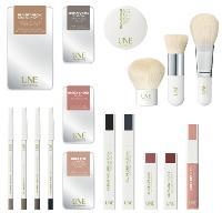 Toute la gamme a été conçue à partir de pigments naturels visant à sublimer la beauté originelle des femmes.