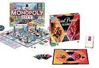 Pour maintenir ses classiques au goût du jour, Hasbro les actualise régulièrement. Monopoly adopte la 3D, trivial Pursuit joue sur l'esprit d'équipe.