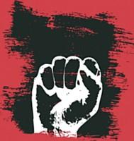 Un poing fermé qui rappelle les révolutions passées, le Front rouge de Louis aragon...