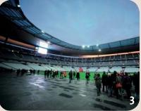 3/ Stade de France. Un vaste espace modulable. Le salon Elyseum offre une vue sur le terrain.