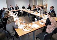 Autour des rédactions d'Editialis, la table ronde réunissait Philippe Gredy (LFB Biomédicaments), Christophe Poissonnier (Ciel), Emmanuel Fougère (PPR), Gérard Denis (Denis & Co), Christophe Chambon (Campbell Soup) et Eric Genevois (Mundocom).