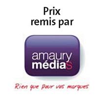 L'agence Nurun, pour Lacoste, a reçu le Trophée Stratégie de marque des mains de Bertrand Augustin, directeur commercial d'Amaury médias, debout à droite.