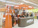 Lavazza importe ses bars au sein des hypermarchés français