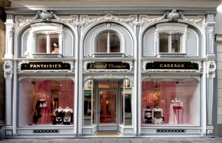 La nouvelle boutique ouverte à Paris est à l'image de la marque.