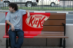 Campagne Kit Kat Candy Bench, Londres, 2012