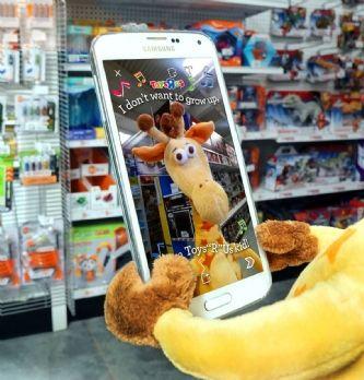 """[MWC2016] Retail : sur mobile, Toys """"R"""" Us cherche les """"micro-moments"""""""