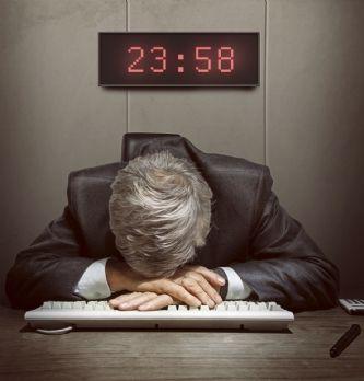 Un marketeur doit-il se coucher tard?