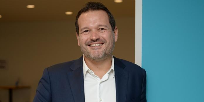 Jean-Christophe Susset / MACC : S'inviter chez les clients grâce aux magasins mobiles