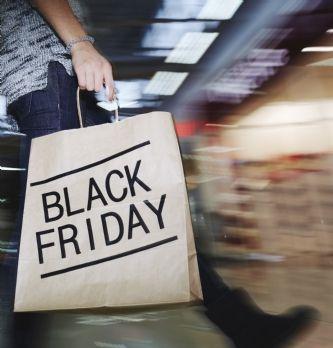 Black Friday : premier pic de consommation avant Noël pour le commerce, tant physique qu'en ligne