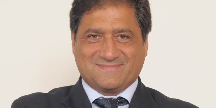 Pierre Louette, directeur général délégué, secrétaire général, opérateurs France et achat d'Orange