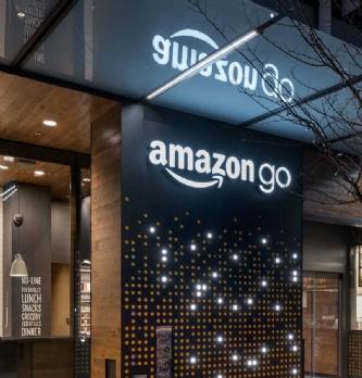 "Le premier magasin <span class=""highlight"">Amazon</span> Go ouvre enfin à Seattle"