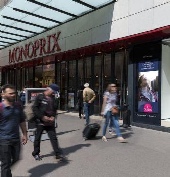 JCDecaux met du DOOH dans les vitrines des Monoprix parisiens