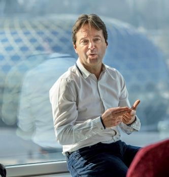"""Christophe Parcot, directeur commercial de Solocal : """"Nous avons désiloté l'entreprise"""""""