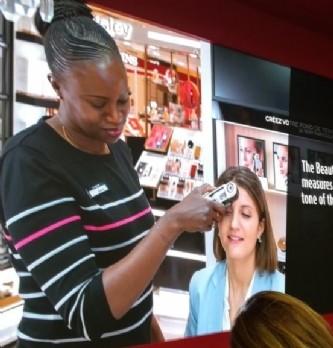 L'Oréal, du produit cosmétique au conseil personnalisé