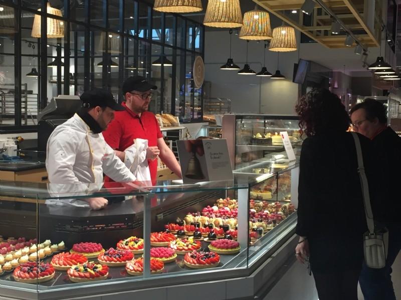 buying new online for sale picked up Auchan Retail dévoile son lifestore, un hypermarché ...