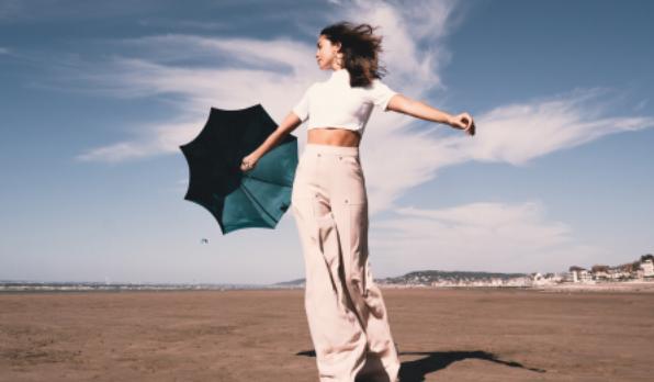 Beau Nuage invente les parapluies éco-responsables