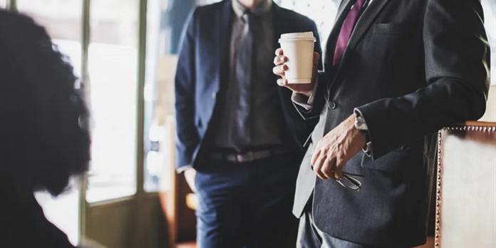 La bienveillance en entreprise, un paradoxe entre instrument managérial et suspension du management