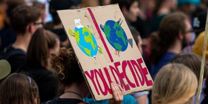 Pour les Français, le climat doit primer sur la reprise économique