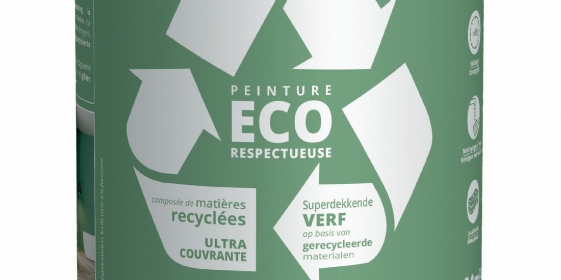 Recyclage : A Rochefort, Id fait de la peinture avec des coquilles d'huîtres et des pare-brise
