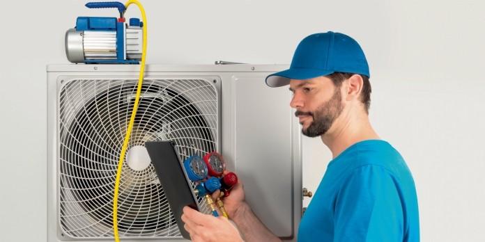 Pompes à chaleur : une obligation de maintenance clarifiée
