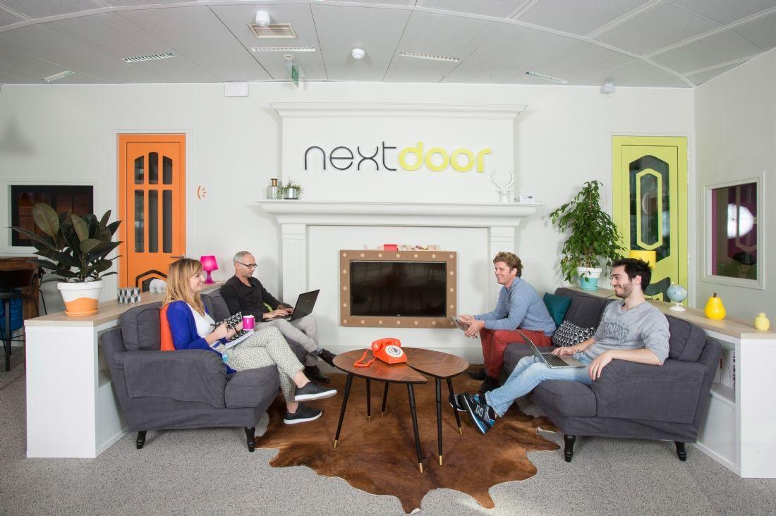 nextdoor un nouvel espace de coworking la d fense. Black Bedroom Furniture Sets. Home Design Ideas