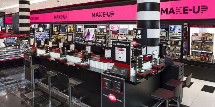 Go Pro Make UP : un comptoir de marque roulant chez Sephora