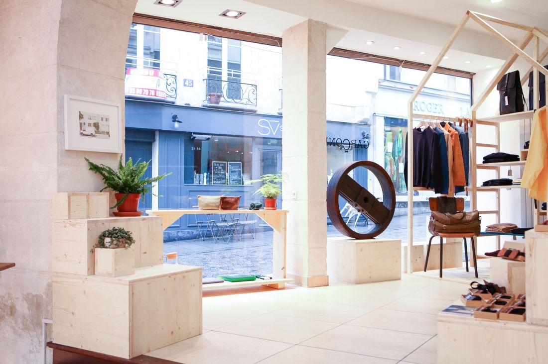 Concept la gar onni re une boutique collaborative paris - Showroom point p paris ...