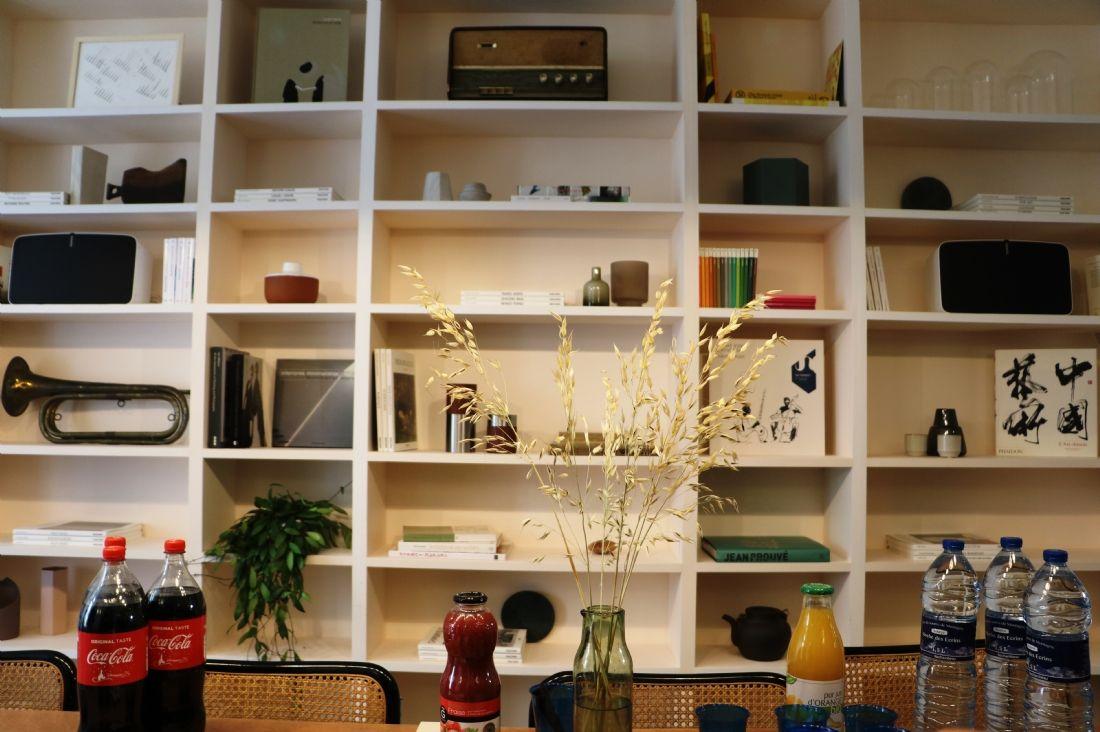 au coeur de la maison exp rientielle de sonos. Black Bedroom Furniture Sets. Home Design Ideas