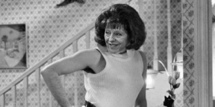 [Photomontage] Après Freddie Mercury, Theresa May wants to break free!