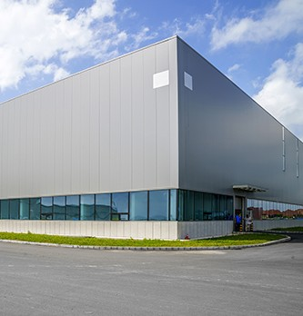 Qu'est-ce qu'un bâtiment industriel ?