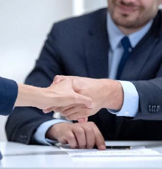 Quelle procédure pour embaucher un travailleur étranger ?